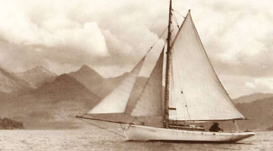 'Cachalot' under sail in the 1950s